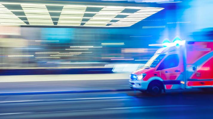 Her kan du lære meget mere om liggende sygetransport